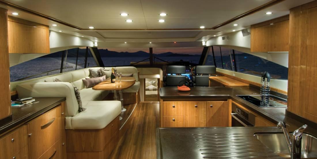 yacht ave 3