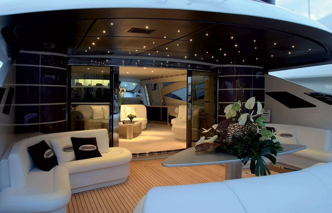 yacht ave 7