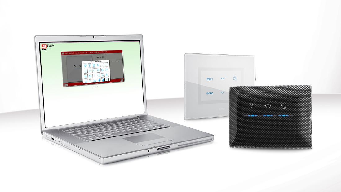 Crea le tue placche touch personalizzate con il nuovo configuratore web