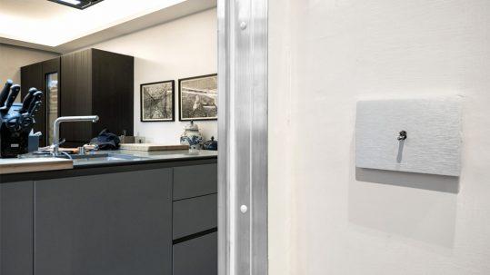 Gli interruttori a levetta AVE in un sofisticato progetto d'interior design