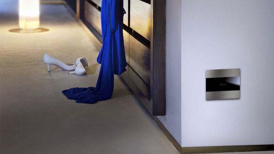 "AVE ""hidden"" sockets: design meets protection"
