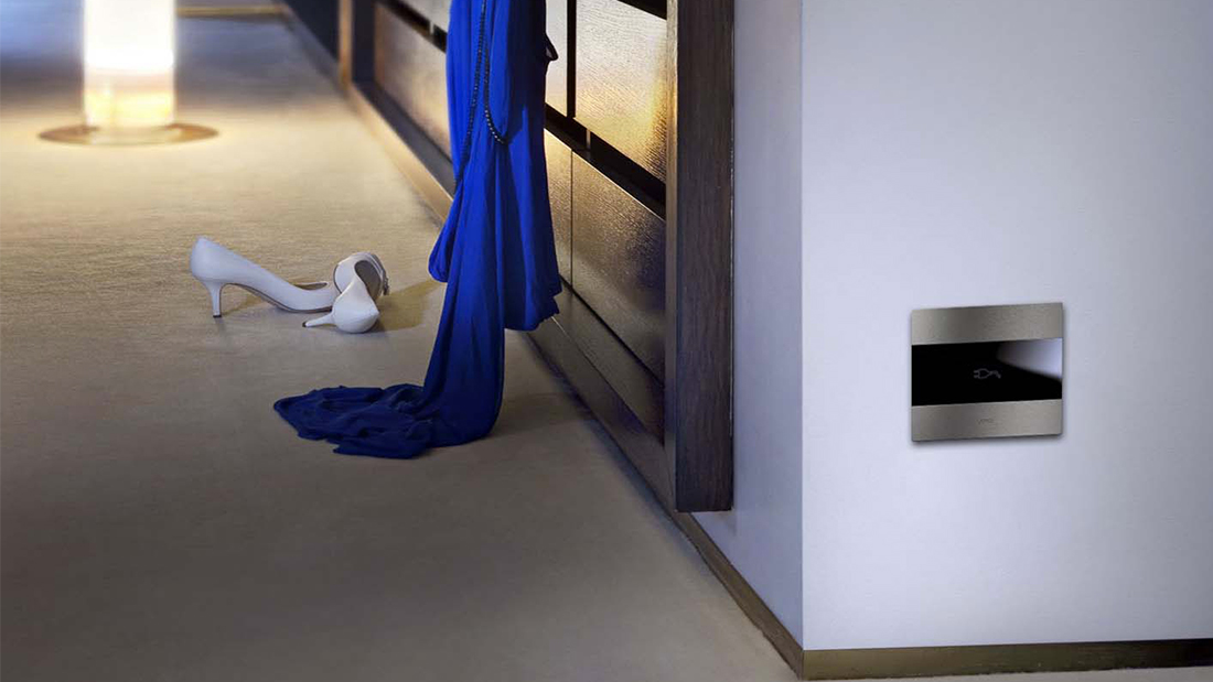 "AVE ""hidden"" sockets: design meets protection"