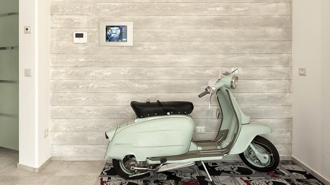 Tecnologia e design AVE in una sofisticata casa domotica